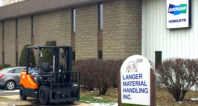 Material handling experts near Pittsburgh in Valencia, PA